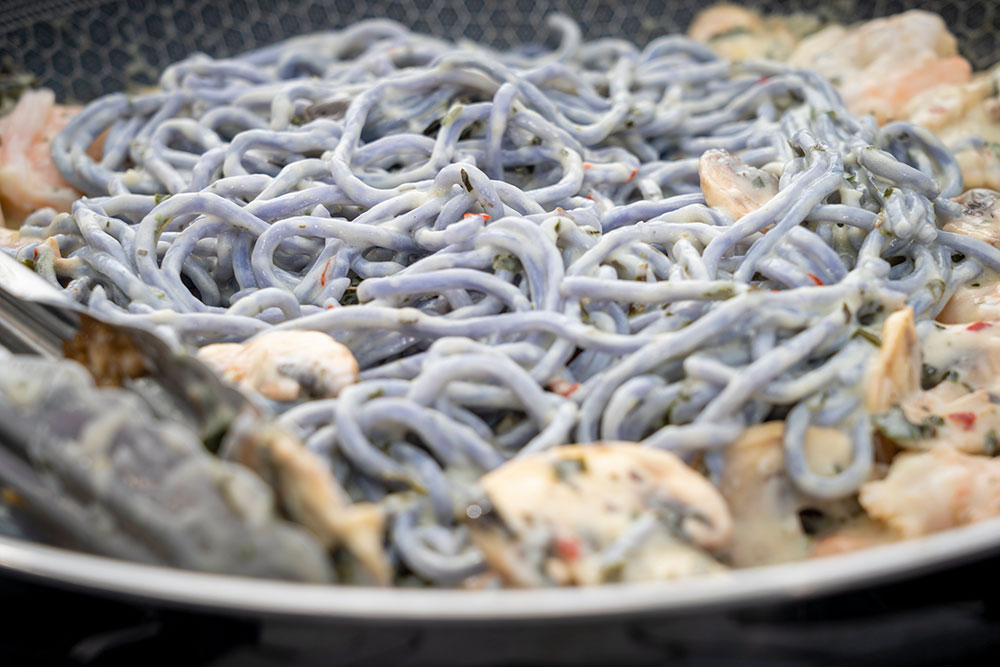 Ulu Noodles with Garlic Sauce